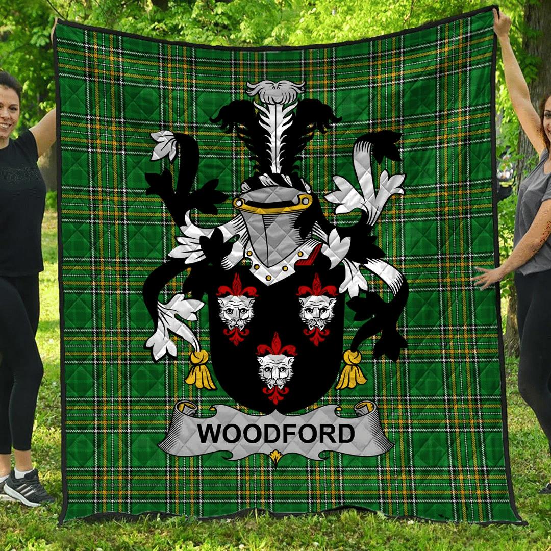 1sttheworld Premium Quilt - Woodford Irish Family Crest Quilt - Irish National Tartan A7