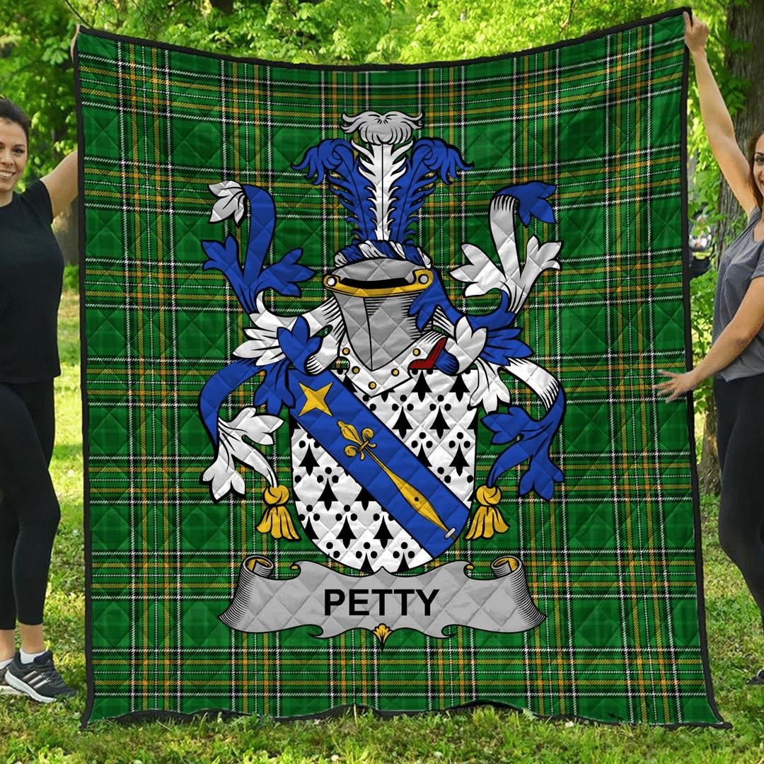 1sttheworld Premium Quilt - Petty Irish Family Crest Quilt - Irish National Tartan A7
