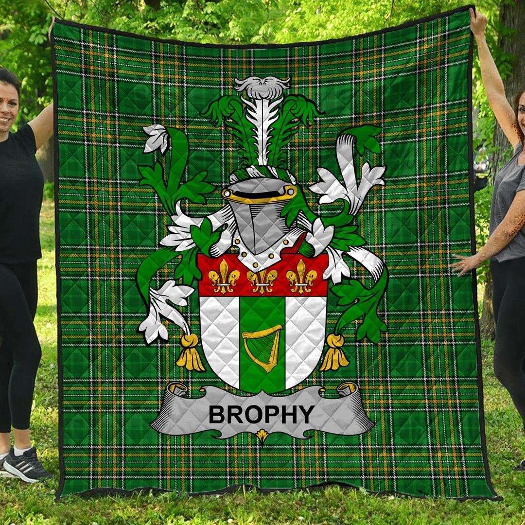 1sttheworld Premium Quilt - Brophy Or O'Brophy Irish Family Crest Quilt - Irish National Tartan A7