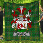 1sttheworld Premium Quilt - Donlevy Or O'Donlevy Irish Family Crest Quilt - Irish National Tartan A7