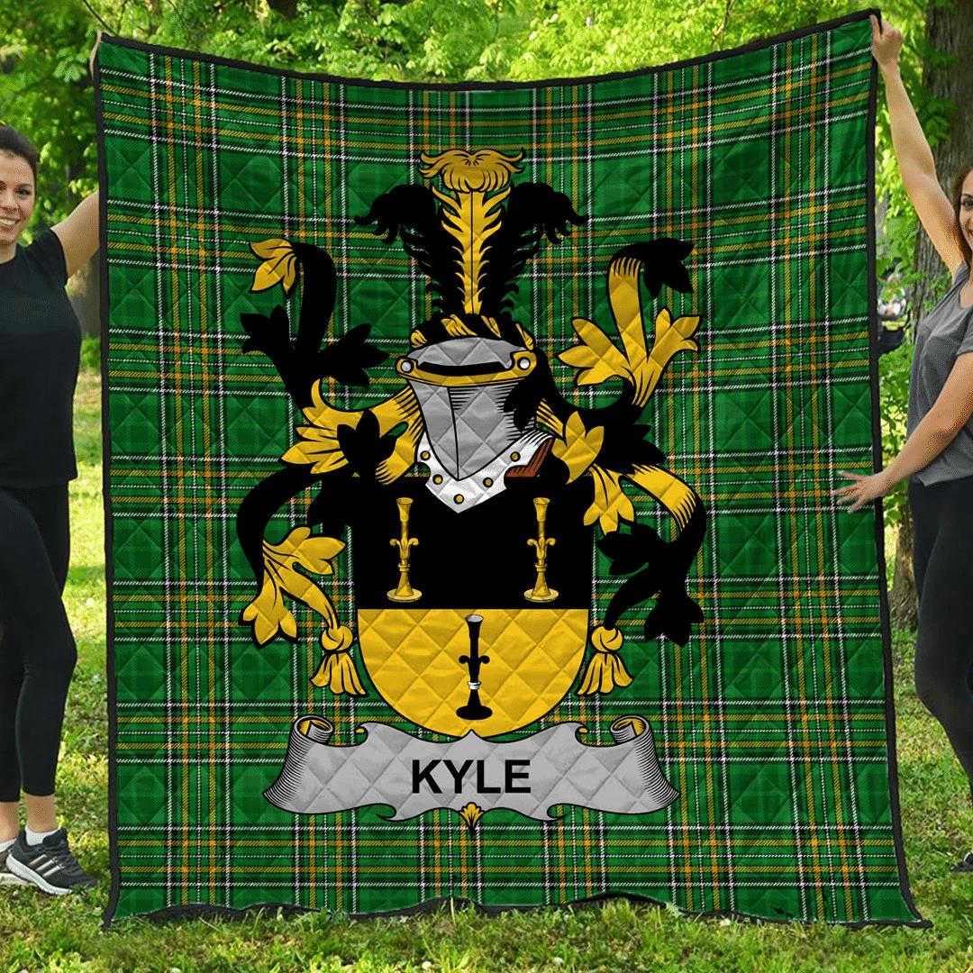 1sttheworld Premium Quilt - Kyle Irish Family Crest Quilt - Irish National Tartan A7