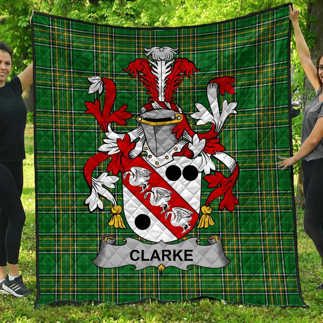 1sttheworld Premium Quilt - Clarke Irish Family Crest Quilt - Irish National Tartan A7