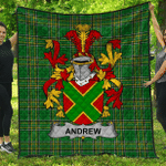 1sttheworld Premium Quilt - Andrew Irish Family Crest Quilt - Irish National Tartan A7