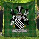 1sttheworld Premium Quilt - Younge Irish Family Crest Quilt - Irish National Tartan A7