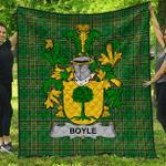1sttheworld Premium Quilt - Boyle Or O'Boyle Irish Family Crest Quilt - Irish National Tartan A7