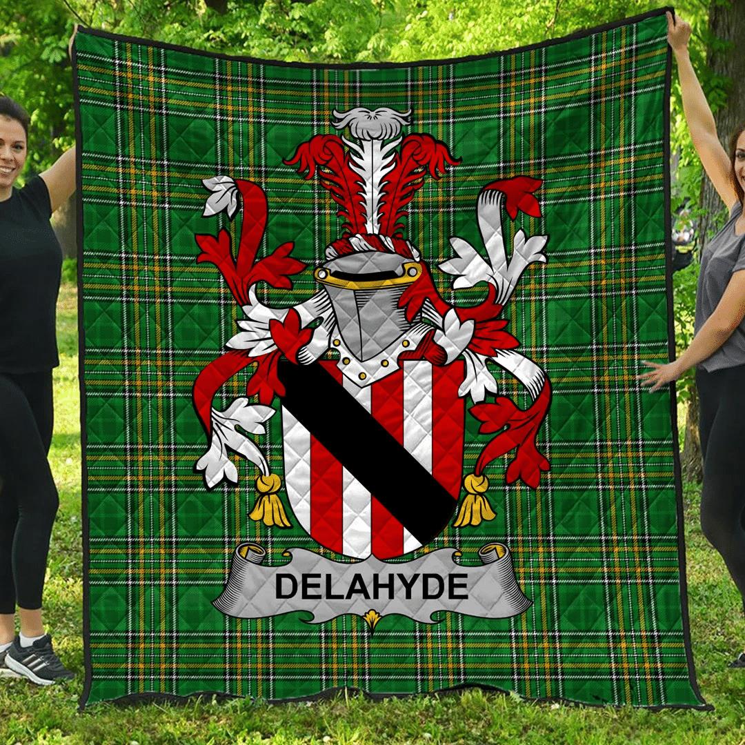 1sttheworld Premium Quilt - Delahyde Irish Family Crest Quilt - Irish National Tartan A7