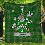 1sttheworld Premium Quilt - Lloyd Irish Family Crest Quilt - Irish National Tartan A7