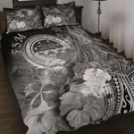 Federated States of Micronesia Quilt Bed Set - Humpback Whale with Tropical Flowers (White)
