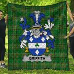 1stScotland Premium Quilt - Griffith Irish Family Crest Quilt - Irish National Tartan A7