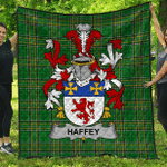 1stScotland Premium Quilt - Haffey Irish Family Crest Quilt - Irish National Tartan A7