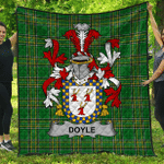 1stScotland Premium Quilt - Doyle Or O'Doyle Irish Family Crest Quilt - Irish National Tartan A7