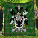 1stScotland Premium Quilt - Garland Or Mcgartland Irish Family Crest Quilt - Irish National Tartan A7