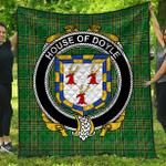 1stScotland Premium Quilt - House Of Doyle Irish Family Crest Quilt - Irish National Tartan A7