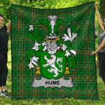 1stScotland Premium Quilt - Hume Irish Family Crest Quilt - Irish National Tartan A7