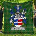 1stScotland Premium Quilt - Elliott Irish Family Crest Quilt - Irish National Tartan A7