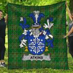 1stScotland Premium Quilt - Atkins Irish Family Crest Quilt - Irish National Tartan A7