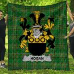 1stScotland Premium Quilt - Hogan Or O'Hogan Irish Family Crest Quilt - Irish National Tartan A7