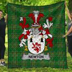 1stScotland Premium Quilt - Newton Irish Family Crest Quilt - Irish National Tartan A7