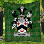 1stScotland Premium Quilt - Arnott Irish Family Crest Quilt - Irish National Tartan A7