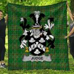 1stScotland Premium Quilt - Judge Irish Family Crest Quilt - Irish National Tartan A7