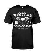 Vintage 1977 Shirt, 1977 Birthday Shirt, Birthday Gift Idea, Limited Edition Unisex T-Shirt KM0405 - Spreadstores