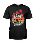 Vintage 1977 Shirt, 1977 Birthday Shirt, Birthday Gift Idea, Limited Edition V2 Unisex T-Shirt KM0405 - Spreadstores