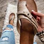 Platform Leather Thong Sandals