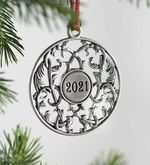 Adornos metálicos para el árbol de Navidad