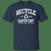 Retro Recycle Earth Day April 22 Est 1970 Environmental Green T Shirt