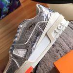 lv Louis Vuitton trainer signature gray sneaker shoes
