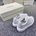 ALEXANDER MCQUEEN oversize full white sneaker